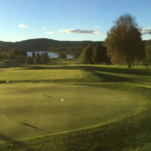Oslo putting green og hul 1